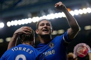 2012122731 Lampard antarkan Chelsea ke posisi tiga