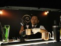 Seorang Bartender meracik koktil minuman dalam kompetisi Diageo World Class Bartender Of The Year 2013 di Jakarta, Rabu (30/1). Sebanyak 48 bartender dari Jakarta dan Bali akan bertarung untuk mendapatkan gelar Juara Dunia Diageo World Class 2013. (FOTO ANTARA/Reno Esnir)