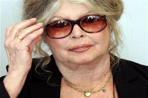 Bom seks jadul Brigitte Bardot ancam pindah dari Prancis