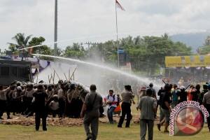 Penganiayaan picu bentrokan antarwarga dua kampung di Lampung Selatan