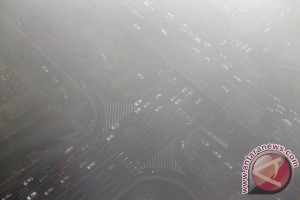 Beijing waspada merah polusi udara