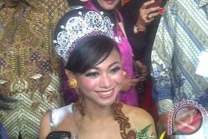 Indosat gratiskan telepon setahun bagi finalis Putri Indonesia