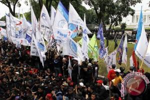 8.000 buruh Bekasi peringati May Day dengan berdzikir