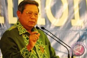 Presiden Yudhoyono lepas peserta pawai PKB