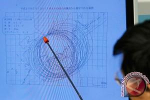 Satellite images show fuel trucks at N. Korea launch site