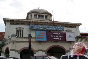 KAI siapkan tiga kereta tambahan dari Semarang