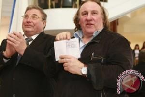 Ukraina larang karya 13 seniman Rusia disiarkan, termasuk Depardieu