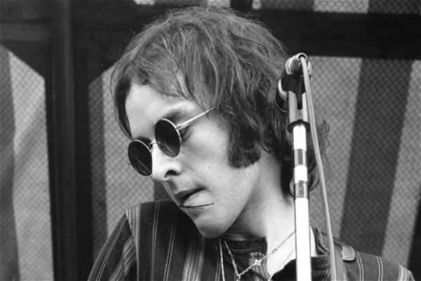 <b>Peter Banks Peter Banks</b> guitarist from British band Yes dies at 65 - 20130313peterbanks_2507878b