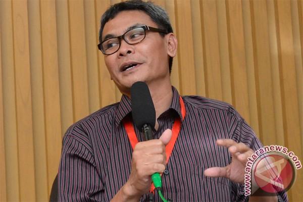KPK bantah daftar nama penerima uang Fathanah