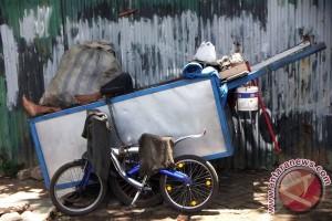 Jumlah penduduk miskin Jawa Tengah naik