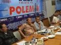 Mantan Danjen Kopassus Sutiyoso, Pengamat militer LIPI Ikrar Nusa Bhakti, Moderator Latief Siregar, Anggota Komisi III DPR Syarifuddin Sudding, dan Anggota Komnas HAM Nurcholis dalam diskusi bertajuk Kecolongan Aksi Cebongan di Jakarta, Sabtu (6/4). Diskusi tersebut membahas pro kontra kasus Cebongan pasca terungkapnya pelaku penyerangan yang merupakan 11 anggota TNI AD, yang berasal dari grup 2 Kopassus Kartasura. (FOTO ANTARA/Rosa Panggabean).