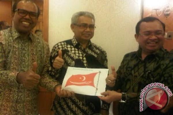 Yusril heran, bendera Aceh mirip bendera GAM