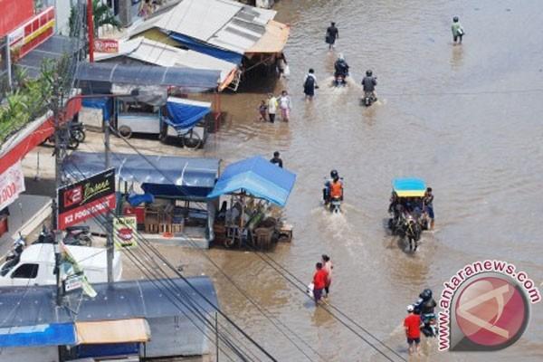 Banjir Bandung Selatan meluas pascahujan deras sepanjang Jumat