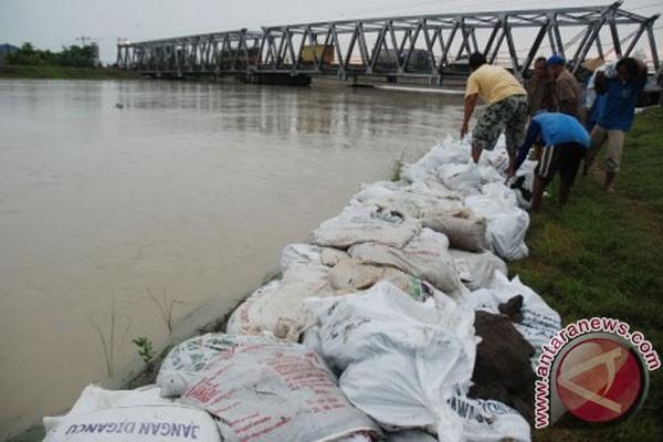 Tanggul Sungai Wulan di Demak jebol
