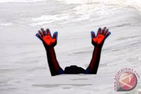 Sembilan remaja Tondano meninggal saat rekreasi pantai