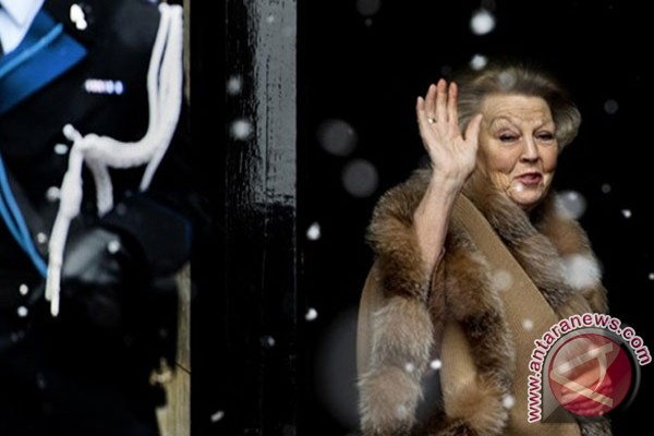 Ratu Beatrix, pengubah wajah kerajaan Belanda