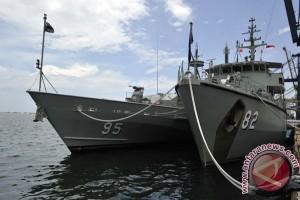 Kapal perang Australia HMASs Bathurst-85 singgahi Surabaya