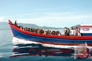 2.000 manusia perahu diselamatkan RI dan Malaysia