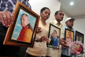 Keluarga korban Cebongan awasi persidangan