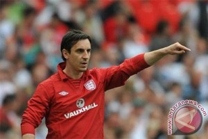 Meski Valencia digasak Barca 0-7, Neville tak akan mundur