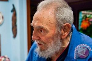 Fidel Castro tampil di pertemuan Partai Komunis Kuba