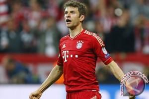 Mueller bawa Bayern puncaki klasemen Bundesliga