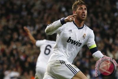 MU ajukan tawaran untuk dapatkan Sergio Ramos