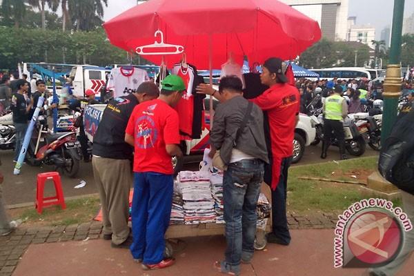 Pedagang untung berlipat saat demo Hari Buruh