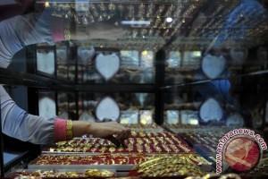 Polisi kepung perampok 2 kg emas di Pacitan
