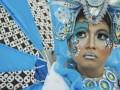 "Model membawakan rancangan kostum Solo Batik Carnival (SBC) 6 di Loji Gandrung, Solo, Jawa Tengah, Jum'at (7/6). Kirab Solo Batik Carnival 6 rencananya akan diadakan pada 29 Juni 2013 dengan mengambil tema ""Memayu Hayuning Bawono"", yang diambil dari 4 unsur alam, yaitu air, api, tanah dan udara. (ANTARA FOTO/Herka Yanis Pangaribowo)"