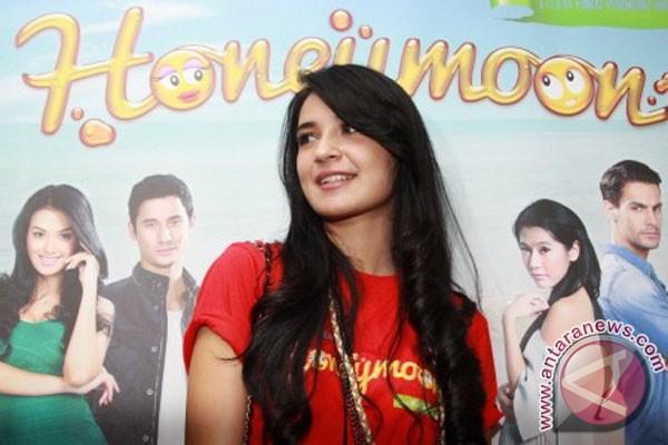 Download Film Indonesia Honeymoon Full Movie | Layarindo 21