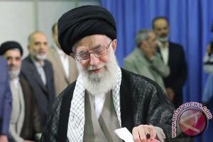 Khamenei sebut AS dan Inggris tak bisa dipercaya
