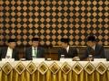 Menteri Agama, Suryadharma Ali (kedua kiri), Ketua Majelis Ulama Indonesia (MUI), Ma'ruf Amin (kiri), Wakil Menteri Agama, Nasaruddin Umar (kedua kanan) dan Dirjen Bimas Islam Kemenag, Abdul Djamil (kanan), memimpin Sidang Isbat awal Ramadhan 1434 H di Kementerian Agama, Jakarta, Senin (8/7). Pemerintah menetapkan awal 1 Ramadan 1434 H jatuh pada Rabu, 10 Juli 2013. (ANTARA FOTO/Ismar Patrizki)