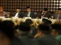 Menteri Agama, Suryadharma Ali (tengah), Ketua Majelis Ulama Indonesia (MUI), Ma'ruf Amin (kedua kiri), Wakil Menteri Agama, Nasaruddin Umar (kedua kanan), Ketua Komisi VIII DPR, Ida Fauziyah (kiri) dan Dirjen Bimas Islam Kemenag, Abdul Djamil (kanan), memimpin Sidang Isbat awal Ramadhan 1434 H di Kementerian Agama, Jakarta, Senin (8/7). Pemerintah menetapkan awal 1 Ramadan 1434 H jatuh pada Rabu, 10 Juli 2013. (ANTARA FOTO/Ismar Patrizki)