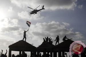 Pendukung Mursi di Bundaran Masjid Rabiah Adawiyah, Kairo Timur Dikepung Tank Tempur dan Kawat Berduri