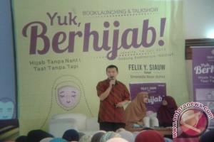 """Felix Siauw rilis buku """"Yuk, Berhijab!"""""""