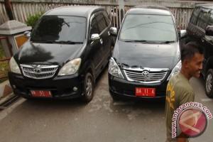 http://img.antaranews.com/new/2013/07/small/20130725Mobil-Dinas-Untuk-Mudik-250.jpg