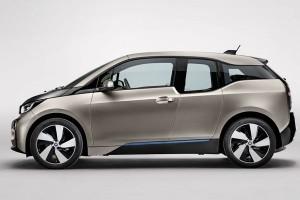 Sekali cas, jarak tempuh BMW i3 versi baru mendekati 200 km