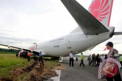 Pesawat Jayawijaya Dirgantara tergelincir di Bandara Wamena