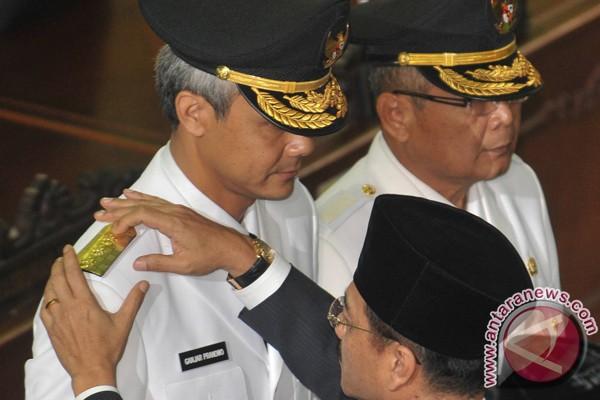 pelantikan gubernur jateng foto antara news