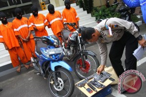 Polisi tembak kaki pencuri sepeda motor