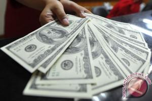 Dolar menguat terhadap euro