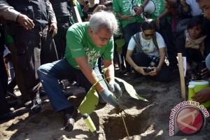 Bupati Bangka ajak masyarakat perbanyak tanam pohon