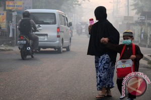 Mendikbud bahas dampak asap dengan Disdik se-Riau