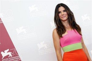 """Sandra Bullock wanita tercantik di dunia versi """"People"""""""