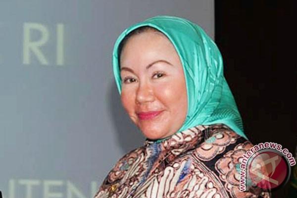 Gubernur Banten tetapkan UMK  2014 tujuh daerah