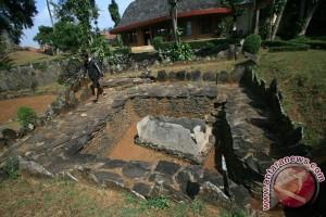 Situs Megalitikum Cipari