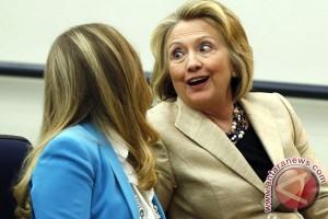 Chelsea Clinton lahirkan bayi laki-laki