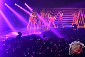 "Girls' Generation buka konser dengan ""Hoot"""