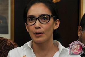 Legislator: pemerintah harus pertanyakan kasus penembakan TKI